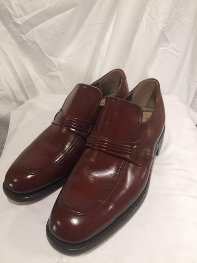 Men's 1970's Leather Dress Loafer, size 7.5